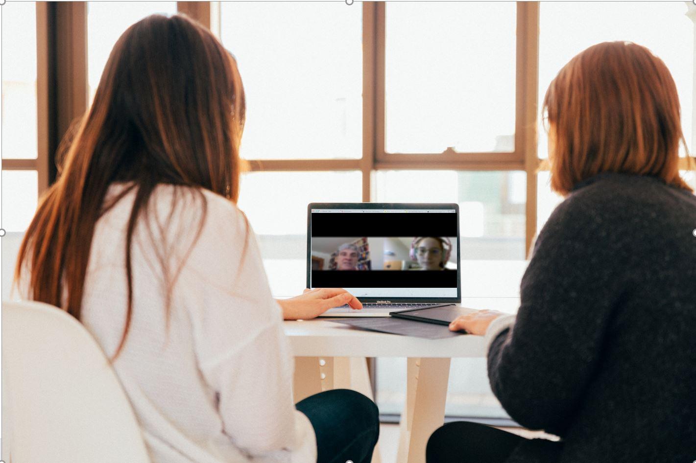 E-Tutor*innen – Hand in Hand für digitale Lehre